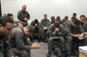 American Troops Soldiers Praying